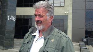 已经退休的皇家骑警警官 Terry McKee