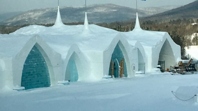 quebec-city-ice-hotel-635x357.jpg